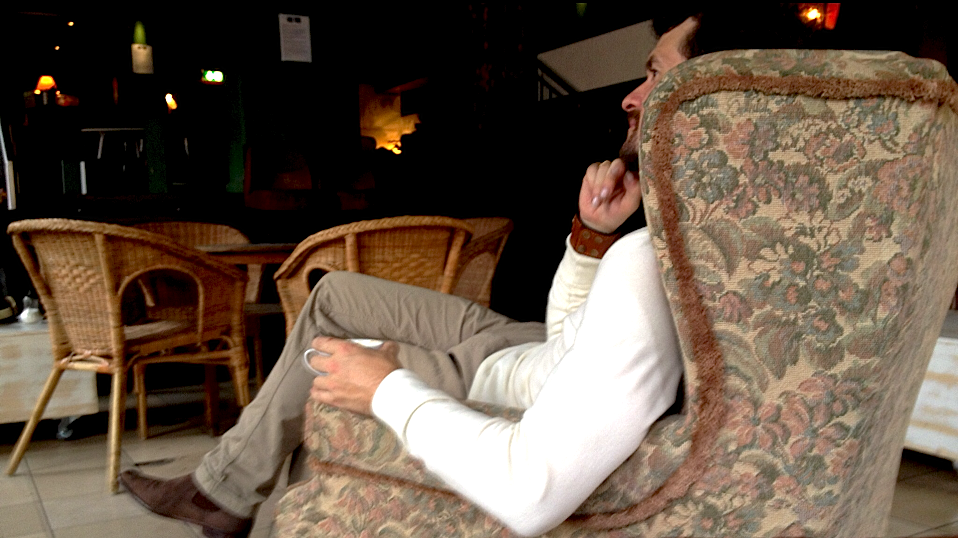 Uwe Bruns im Sessel